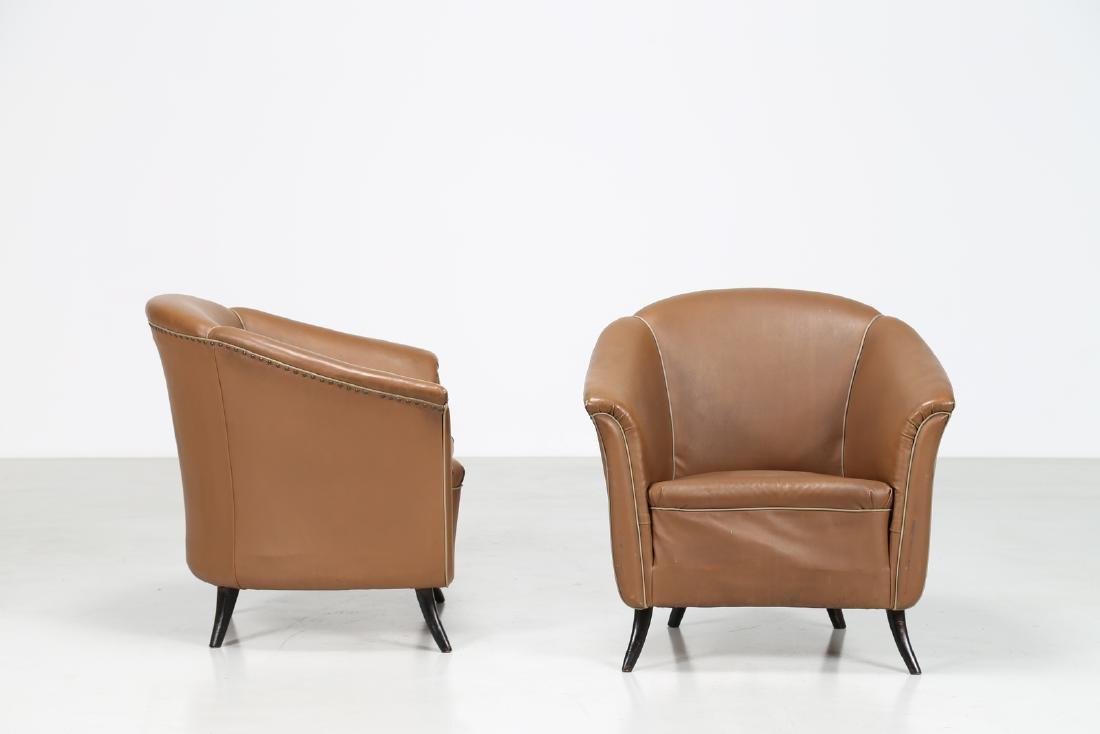 MANIFATTURA ITALIANA  Pair of bucket chairs in wood and - 2