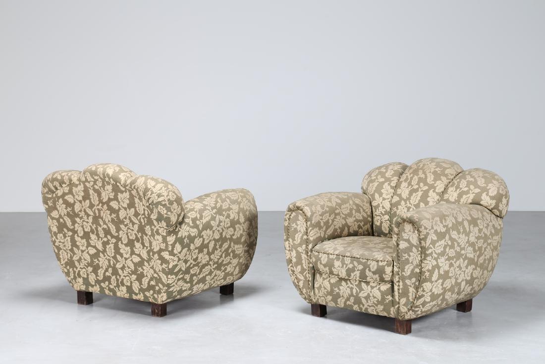 MANIFATTURA ITALIANA  Pair of wood and fabric