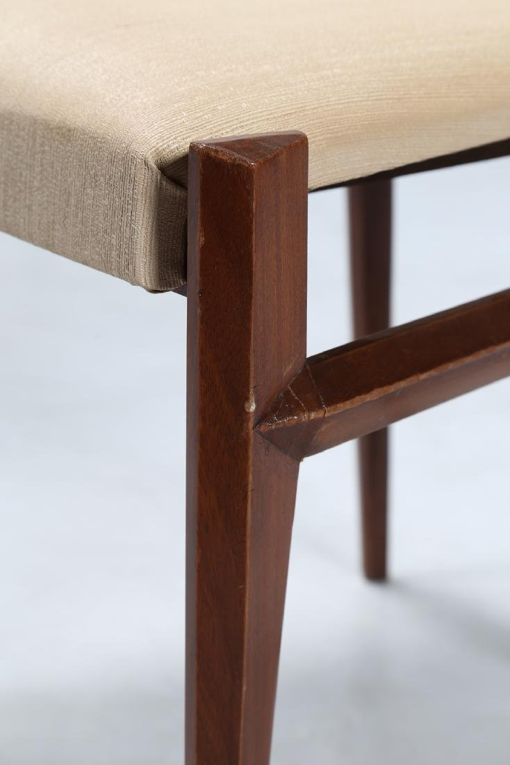 GIULIO MOSCATELLI Six walnut and fabric chairs by - 3
