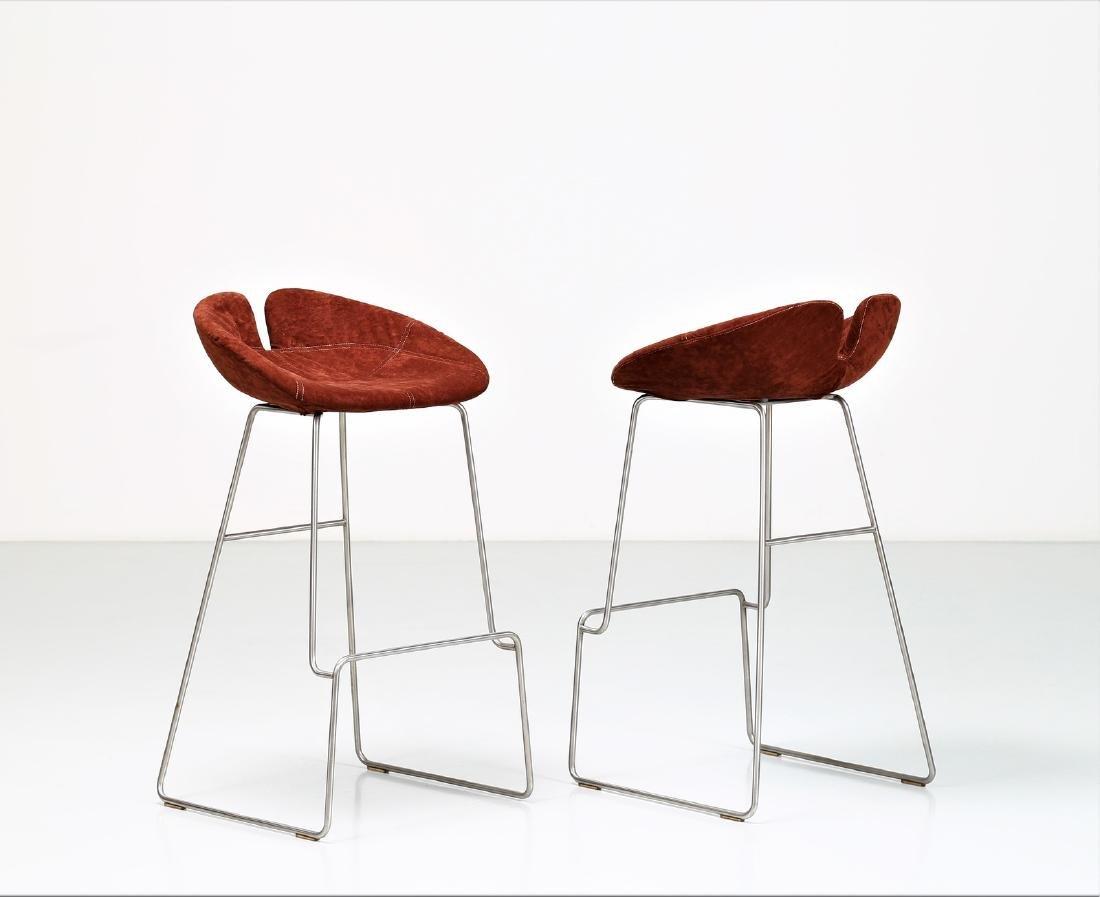 MANIFATTURA ITALIANA  Pair of stools in chromed metal