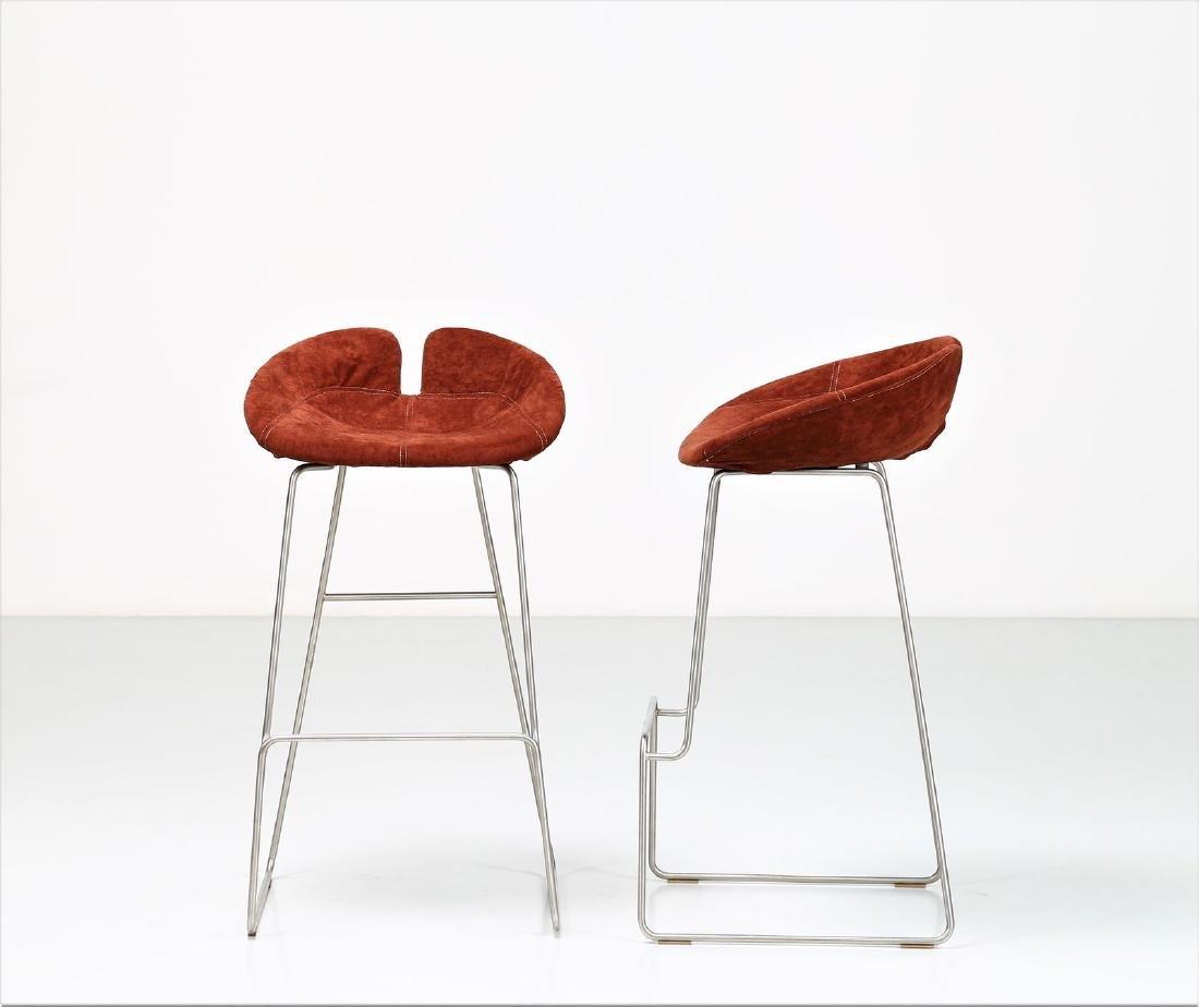 MANIFATTURA ITALIANA  Pair of stools in chromed metal - 2