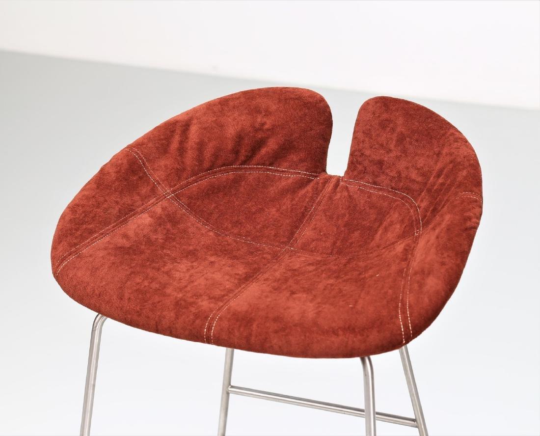 MANIFATTURA ITALIANA  Pair of stools in chromed metal - 3