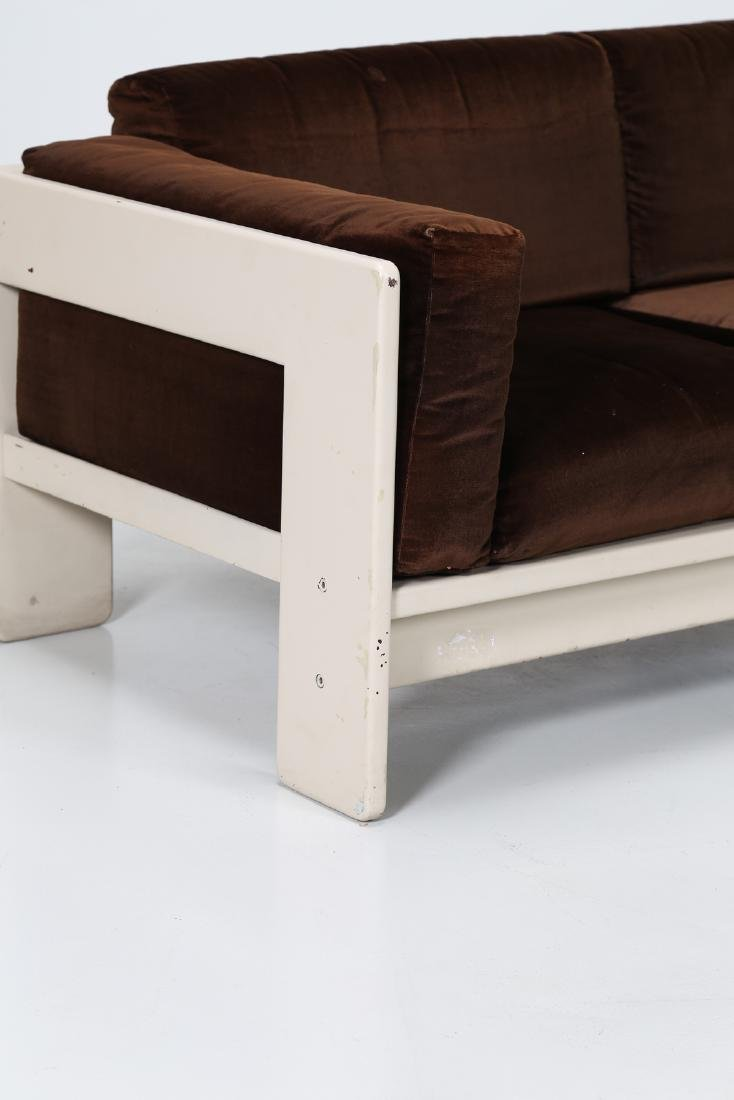TOBIA SCARPA Sofa in white lacquered wood and velvet, - 3
