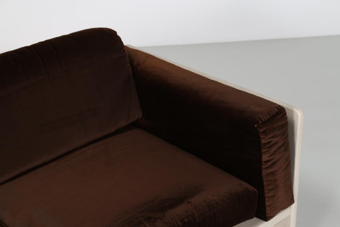 TOBIA SCARPA Sofa in white lacquered wood and velvet, - 4