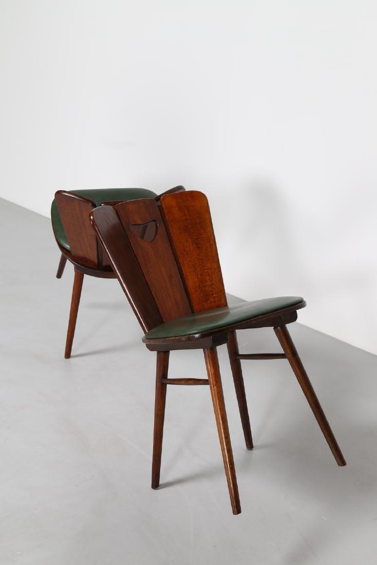 GUGLIELMO PECORINI Six wood and skai chairs, 1950s . - 4