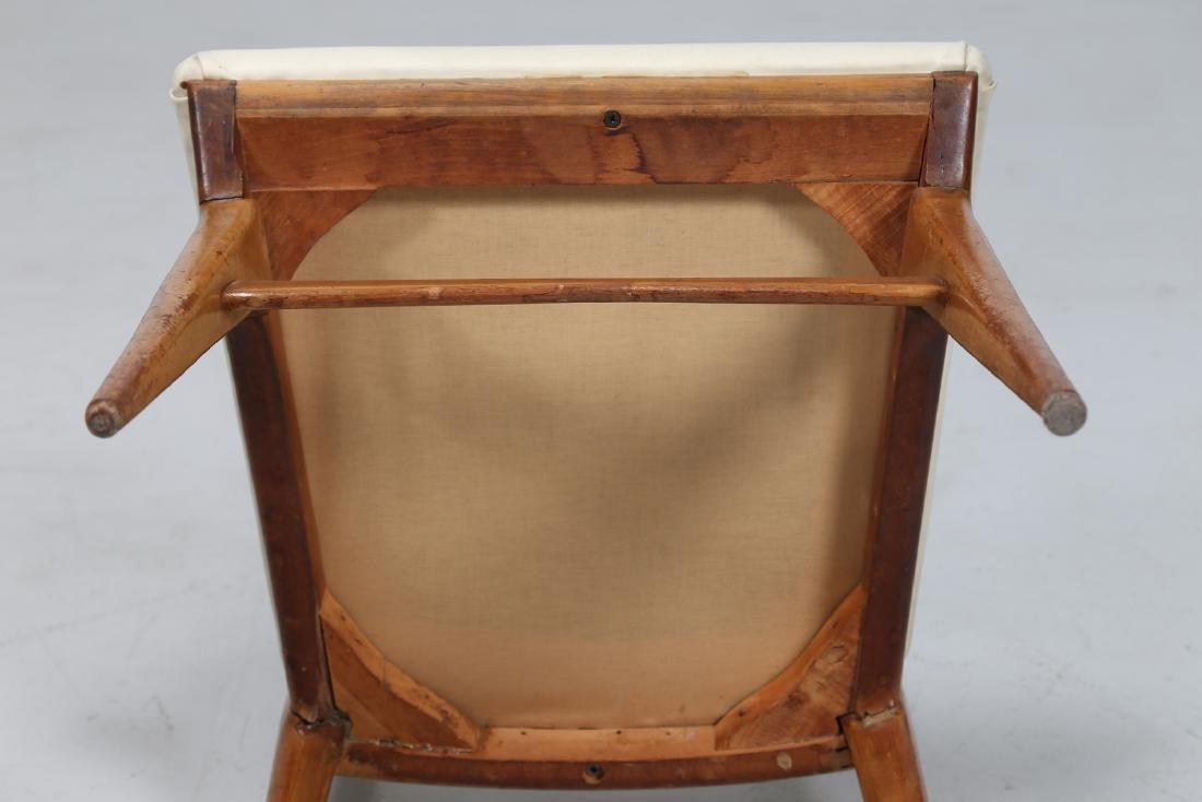 MANIFATTURA ITALIANA  Six wood and skai chairs, 1950s. - 3