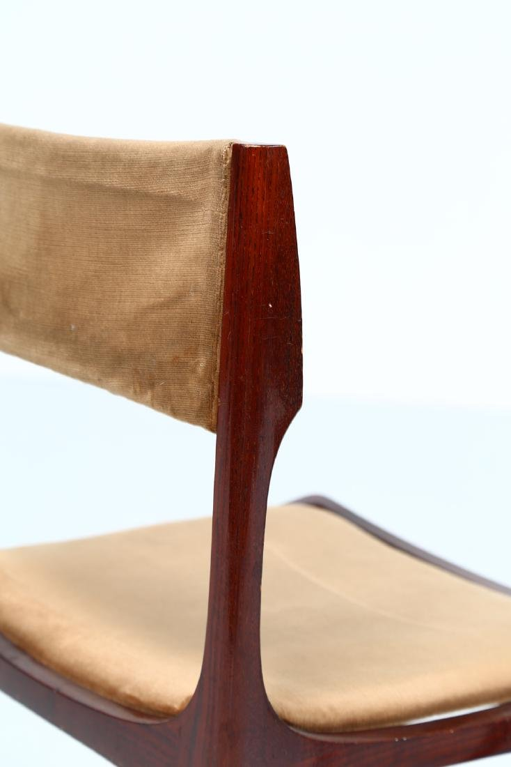 GIUSEPPE GIBELLI Eleven chairs in wood and fabric by - 3