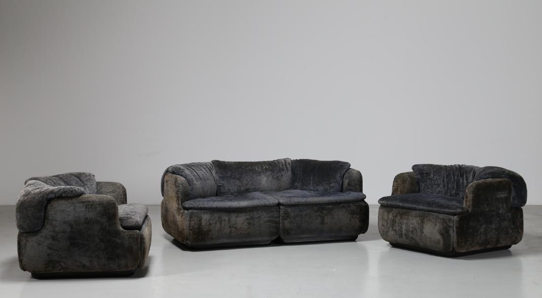 ALBERTO ROSSELLI Living room suite comprising