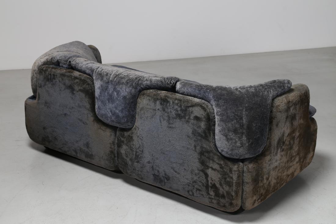 ALBERTO ROSSELLI Living room suite comprising - 5