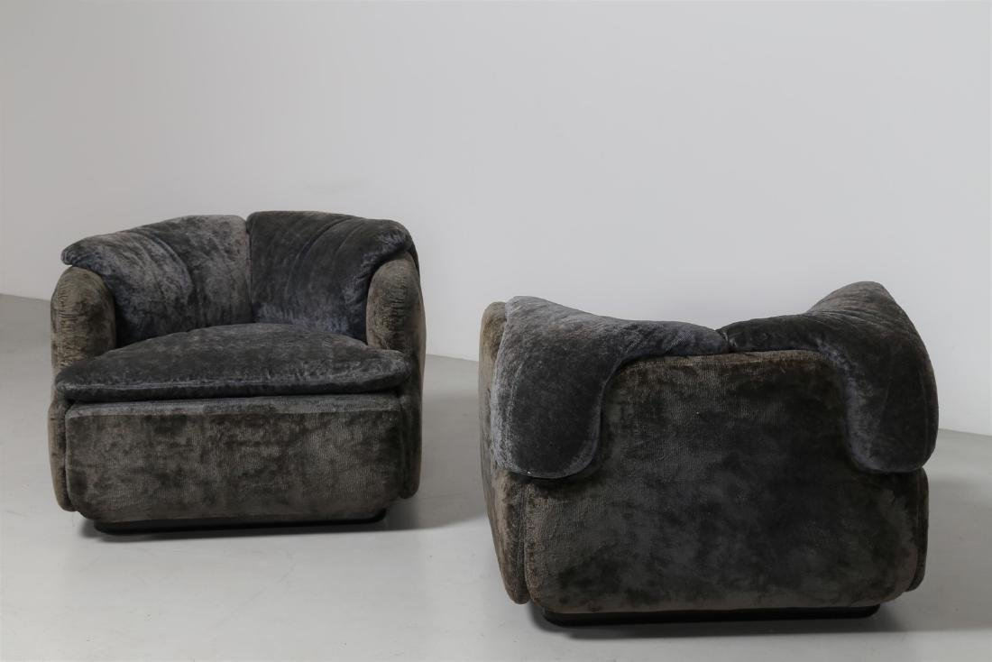 ALBERTO ROSSELLI Living room suite comprising - 8