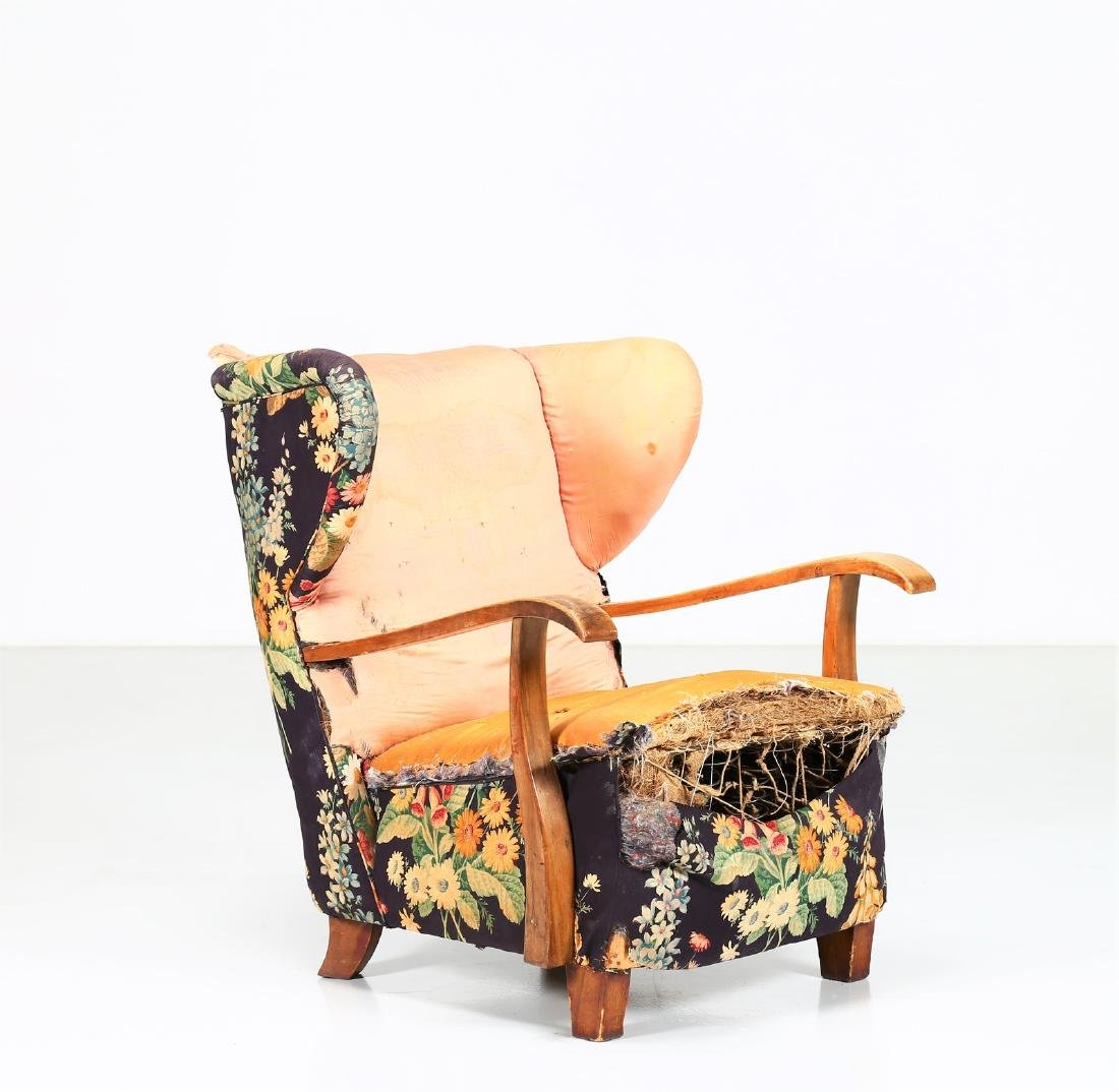 MELCHIORRE BEGA Wood and fabric armchair, 1940s.