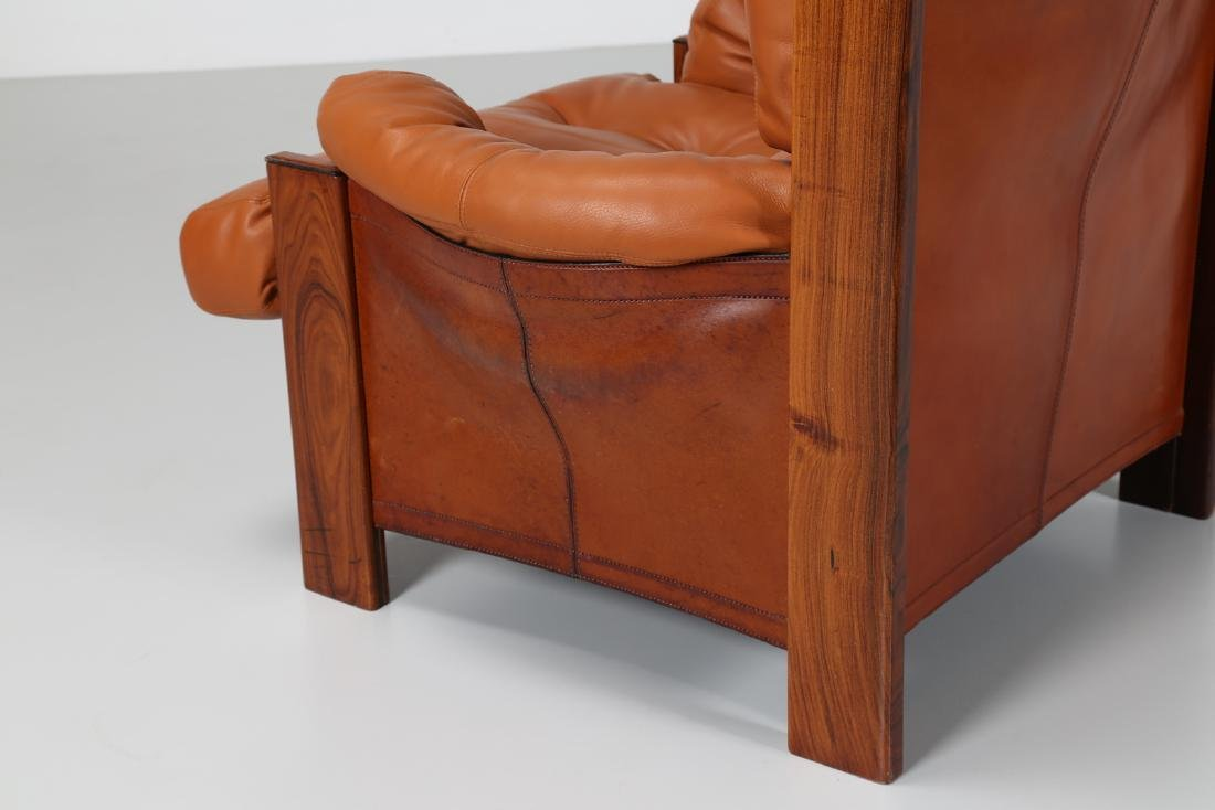 AFRA & TOBIA SCARPA Armchair in walnut, leather and - 4