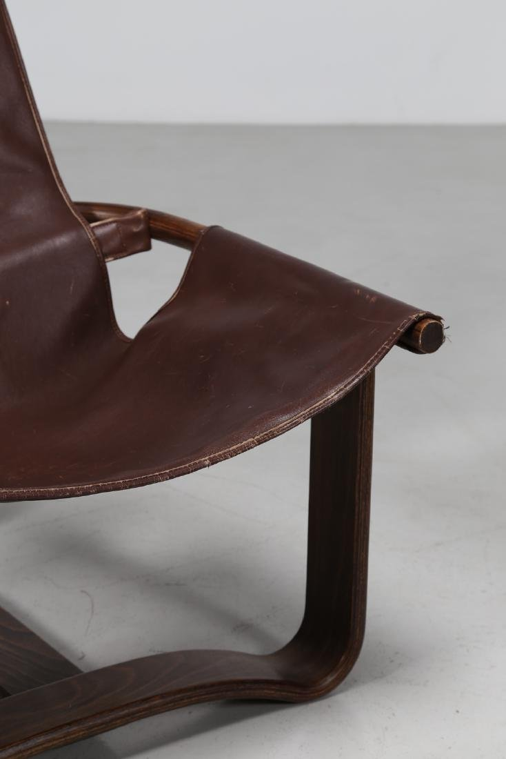 INGMAR RELLING Pair of wood and leather armchairs, - 3