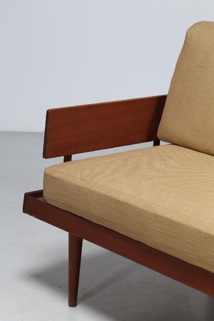 PETER HVIDT E ORLA MØLGAARD-NIELSEN  Three-seater sofa - 4