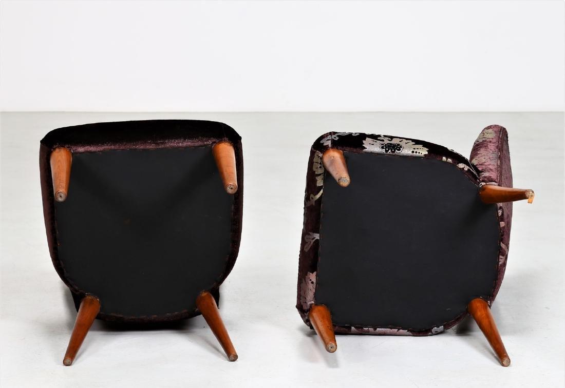 OSVALDO BORSANI Pair of armchairs. - 3