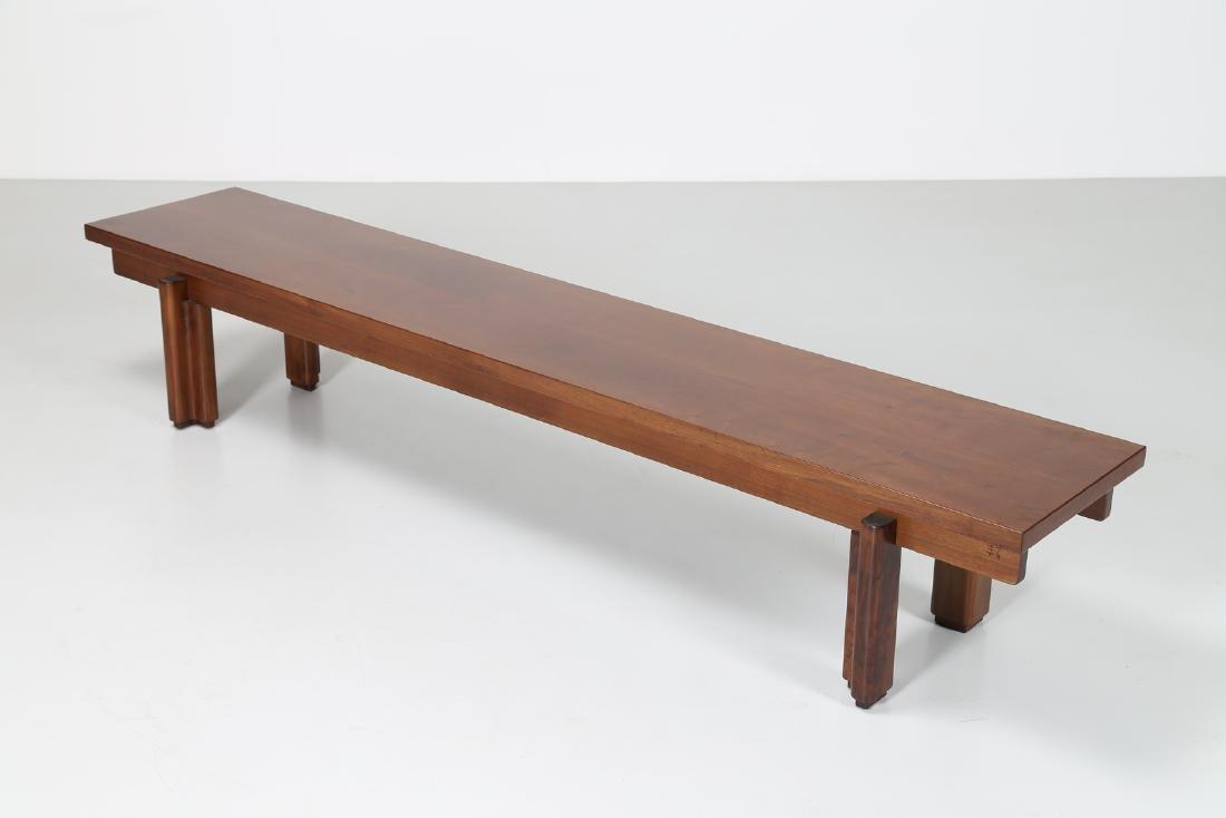 GIOVANNI MICHELUCCI Walnut bench for Fantacci, 70's. - 2