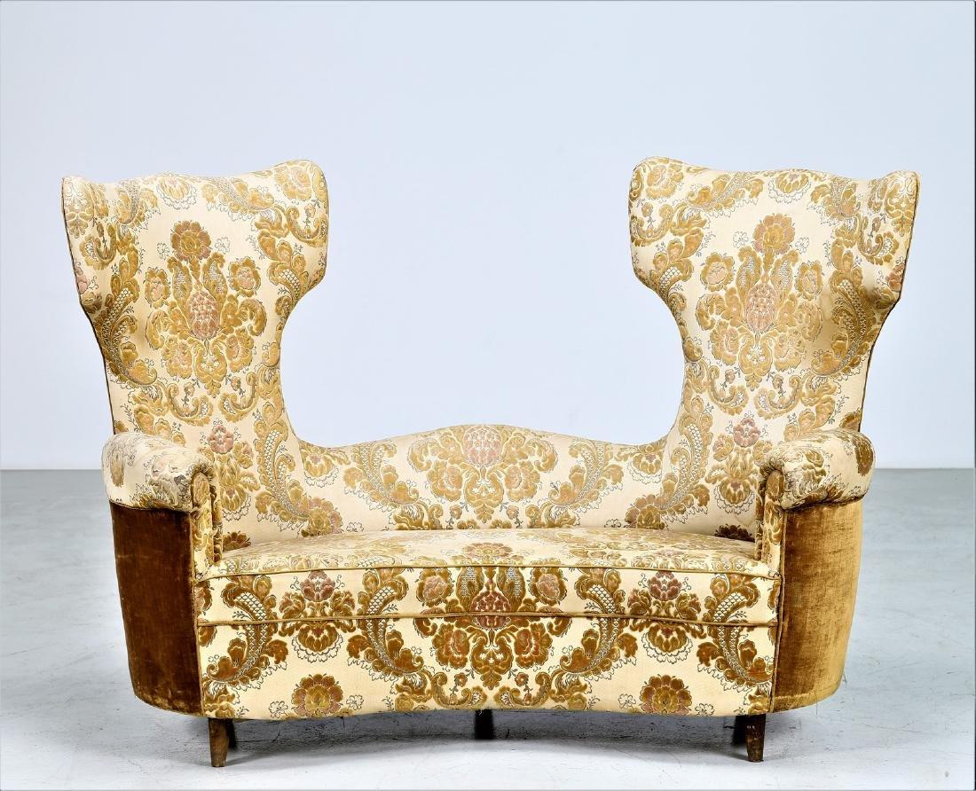 MAURIZIO TEMPESTINI Wood and fabric sofa, 1940s. - 2