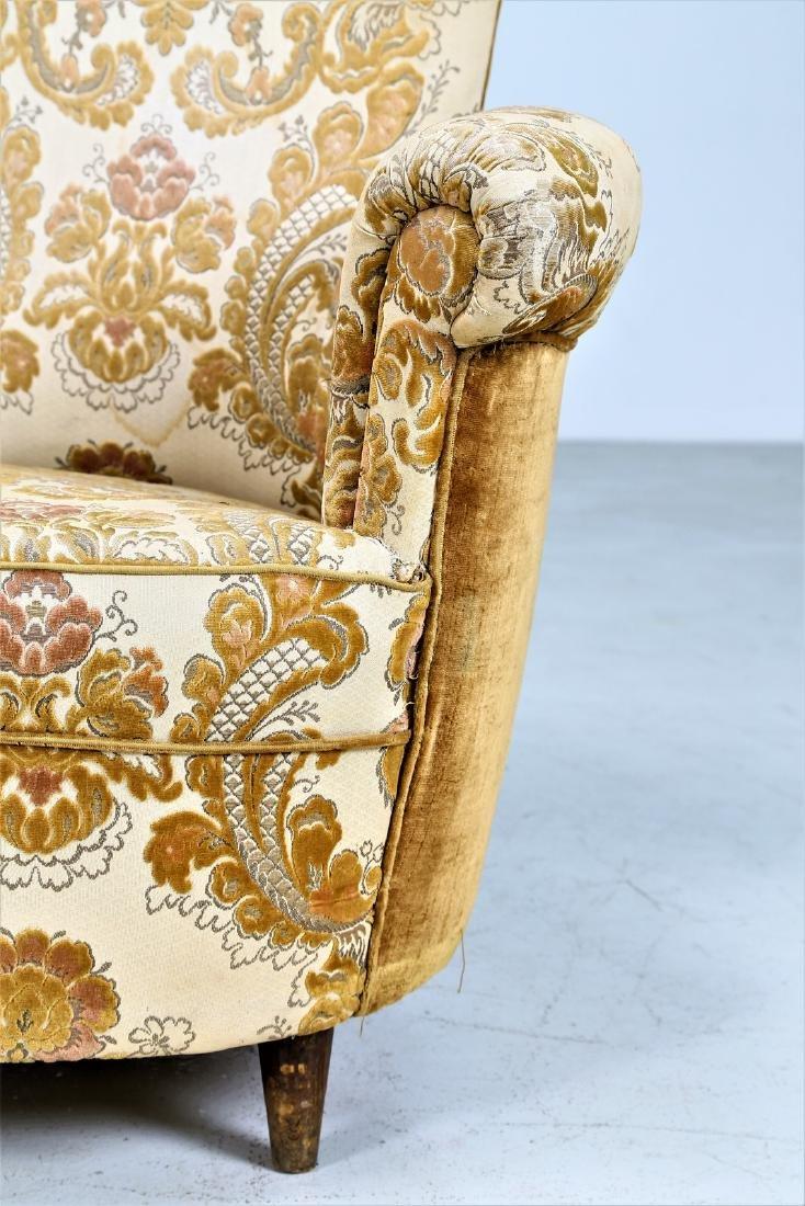 MAURIZIO TEMPESTINI Wood and fabric sofa, 1940s. - 5