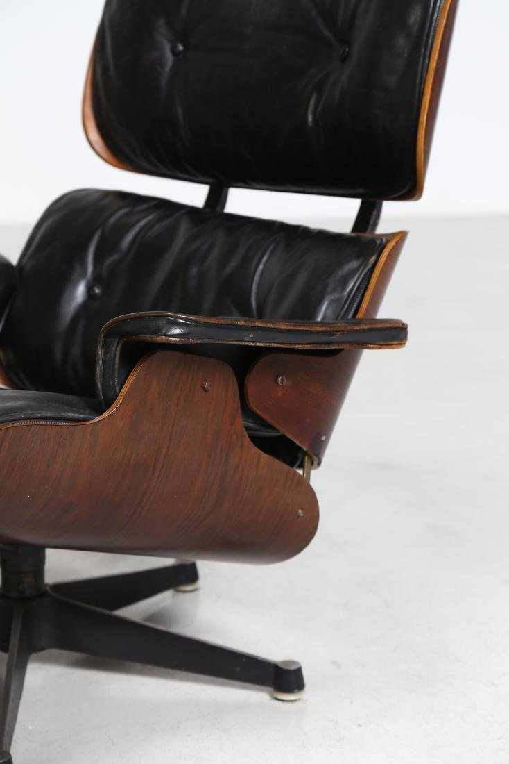 CHARLES & RAY EAMES  Armchair with footstool in bent - 4