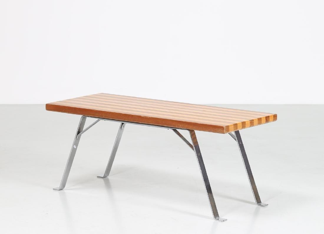 MANIFATTURA ITALIANA  Coffee table in chromed metal