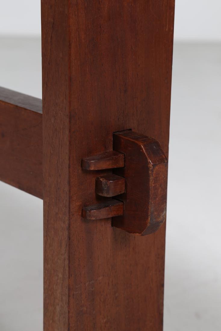 GIOVANNI MICHELUCCI Distinctive chestnut table, 1950s. - 3