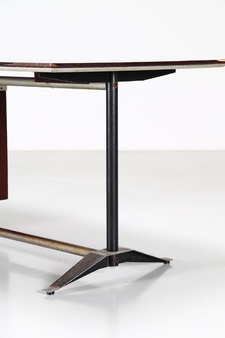 GIO PONTI - ALBERTO ROSSELLI Rosewood desk in - 2