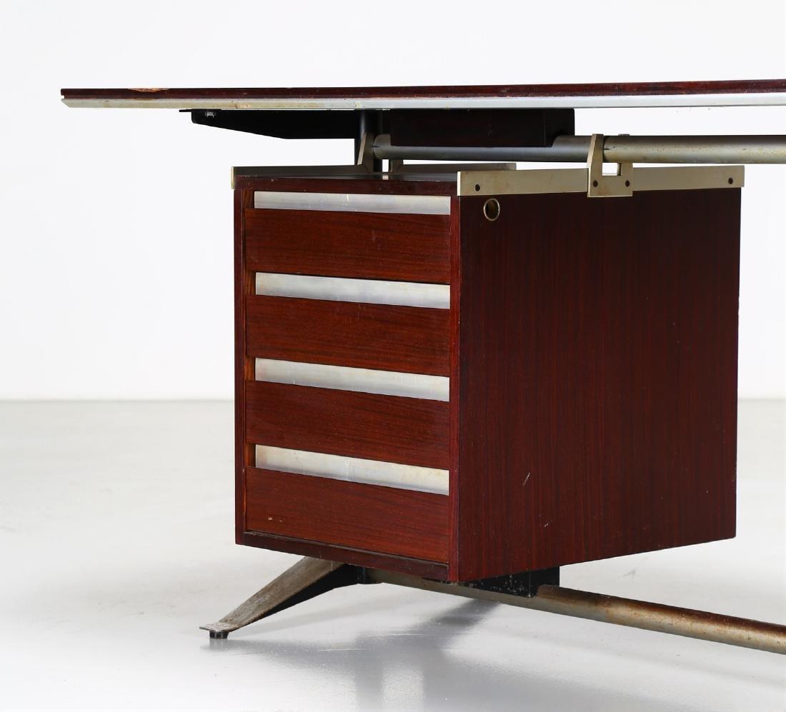 GIO PONTI - ALBERTO ROSSELLI Rosewood desk in - 3