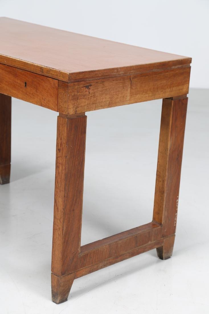 GIOVANNI MICHELUCCI Distinctive wood and Formica desk. - 5