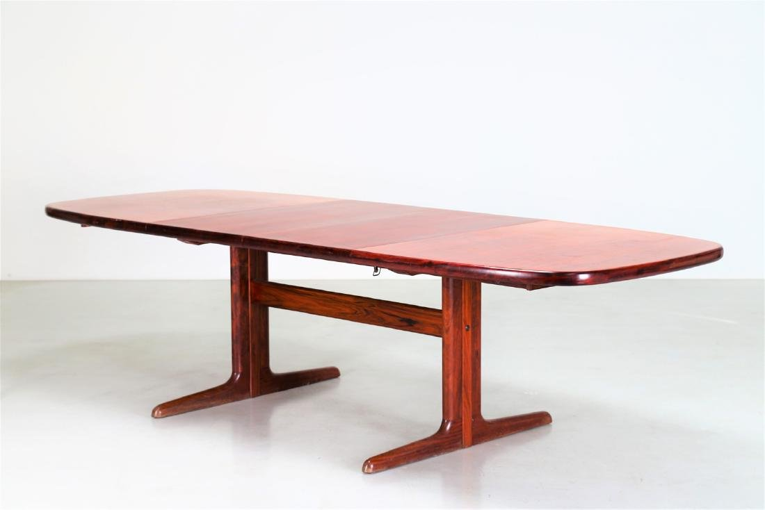 SKOVBY Extending rosewood table, 1970s. - 2