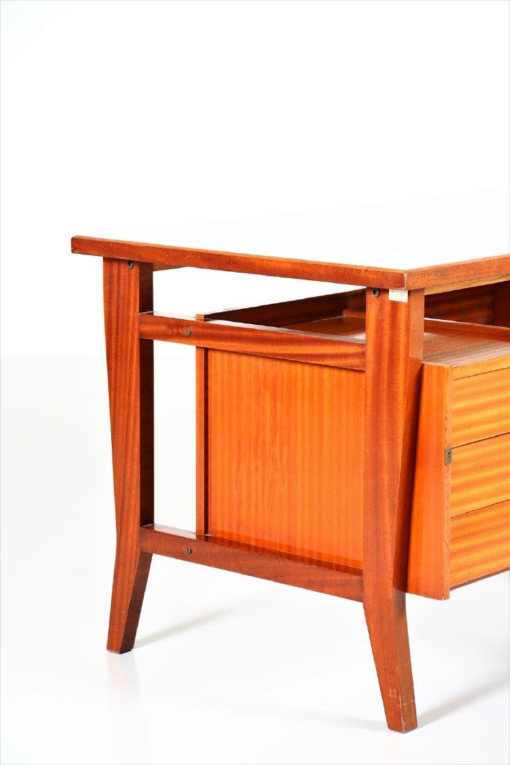 GIO' PONTI Mahogany desk with Formica top by Schirolli, - 2