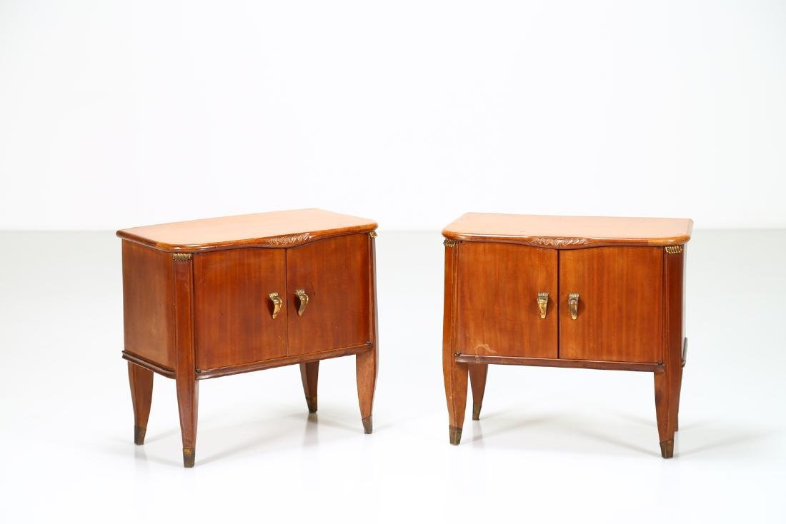 TOMASO BUZZI Pair of wood and brass bedside tables,