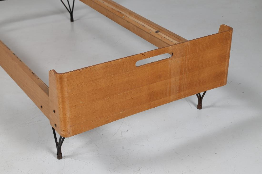 RIMA  Twin beds in bent teak plywood and iron, limited - 5