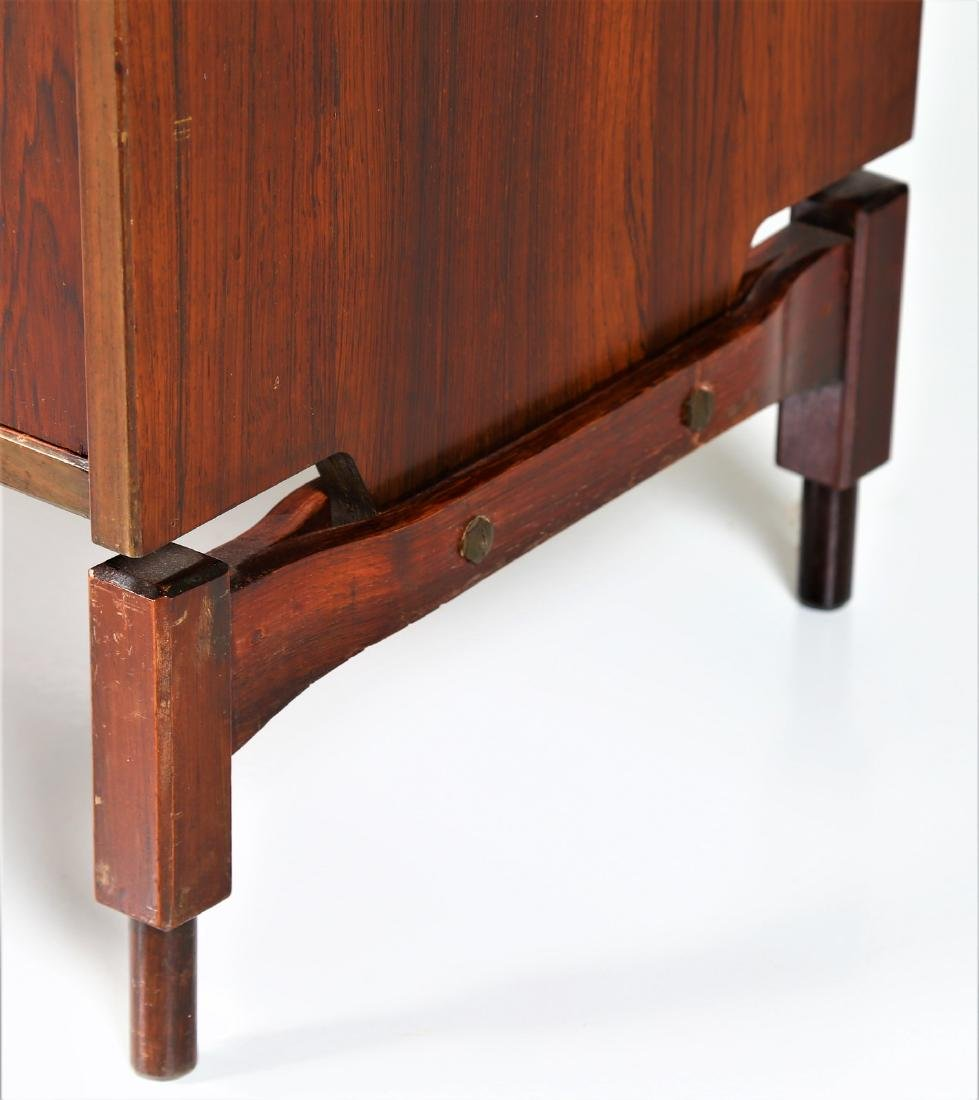 CLAUDIO SALOCCHI Pair of rosewood wall units by - 5