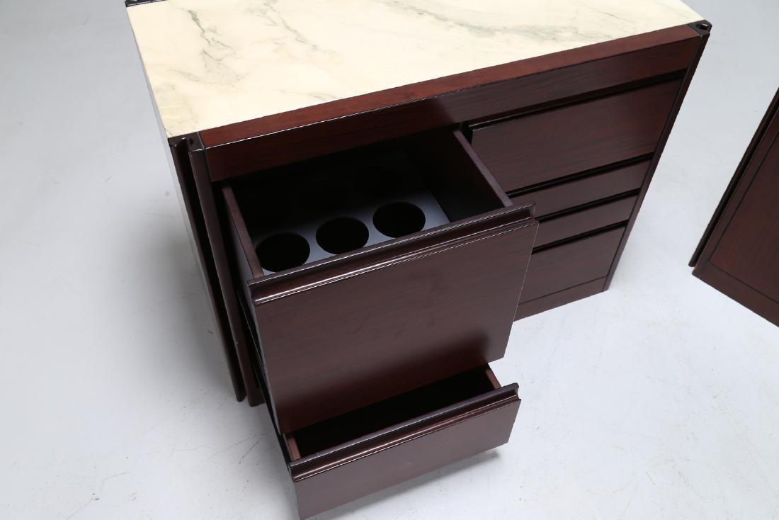 ANGELO MANGIAROTTI Pair of rosewood cupboards with - 5