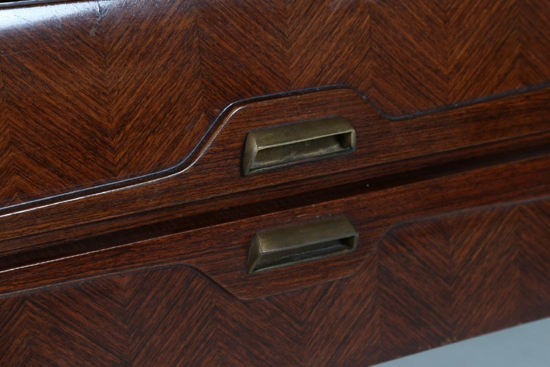 ANGELI, OLIVIERI, DE CARLI  Distinctive rosewood drawer - 4