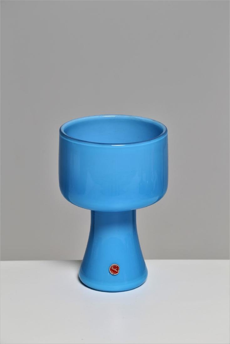 MANIFATTURA MURANO Cased glass vase, 1960s.
