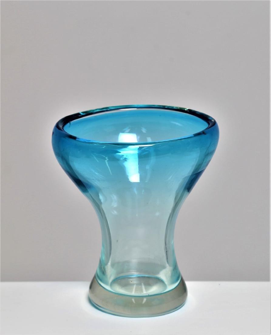 MANIFATTURA MURANO Vase in clear, graduated blue glass,