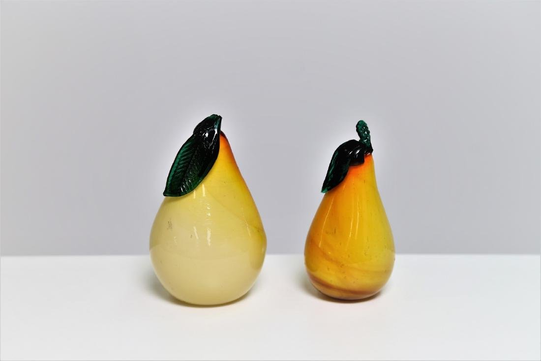 MANIFATTURA MURANO Two cased glass pears, 1960s.