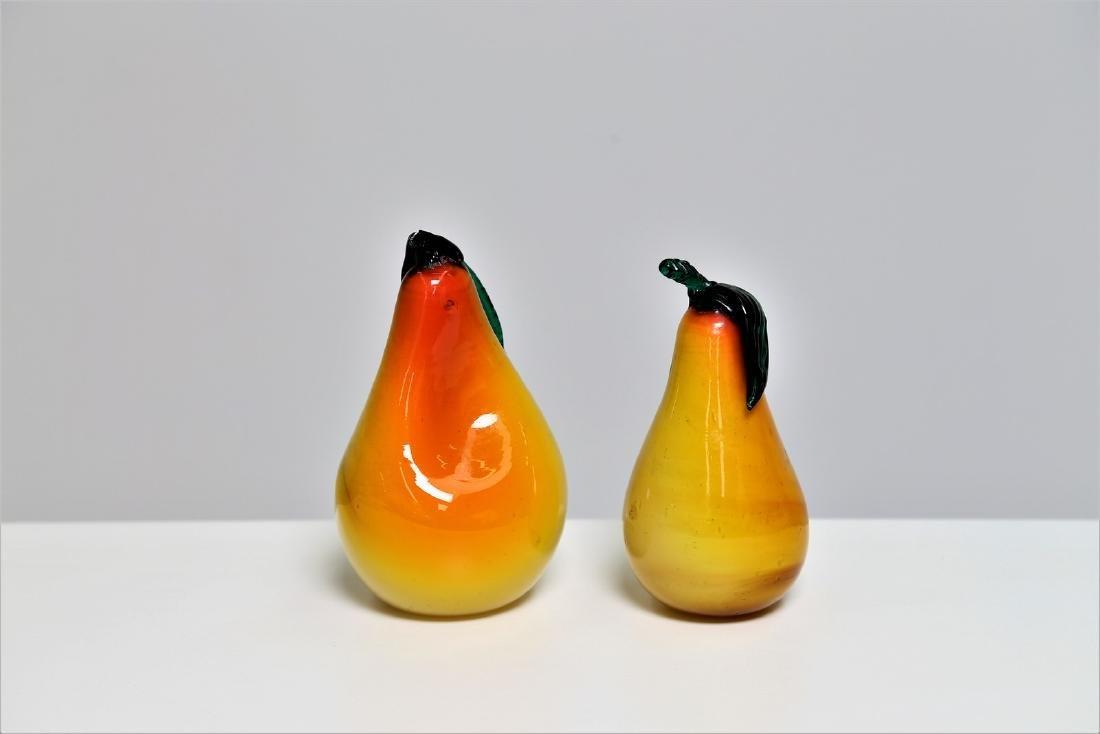 MANIFATTURA MURANO Two cased glass pears, 1960s. - 2