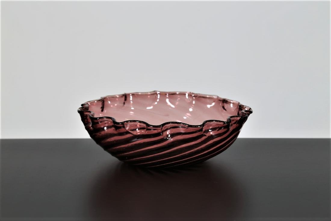 BAROVIER & TOSO  Amethyst spiral glass bowl, 1950s.