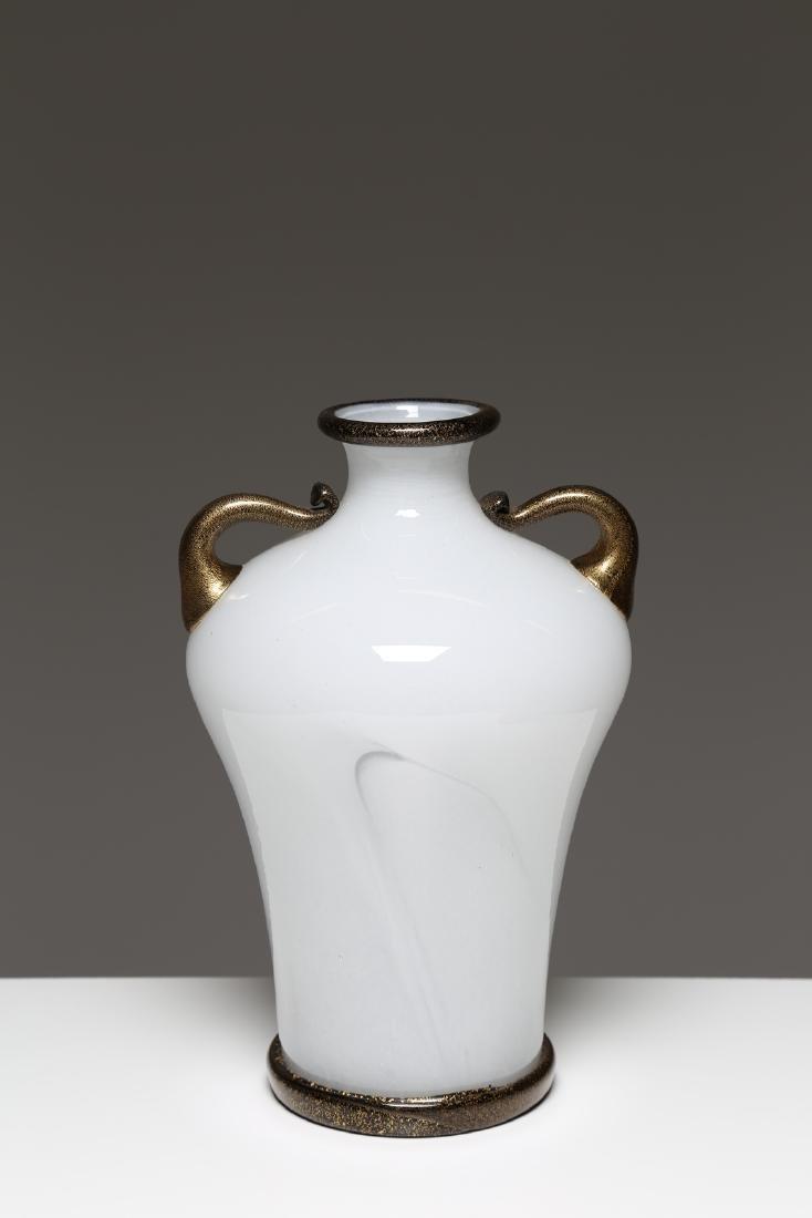 BAROVIER & TOSO  Barovier & Toso Murano milk glass vase