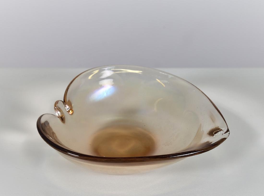 SEGUSO VETRI D'ARTE Highly iridescent glass bowl,