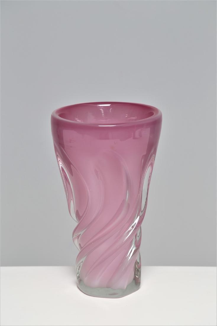 ARCHIMEDE SEGUSO Pink alabaster glass vase, 1960s.
