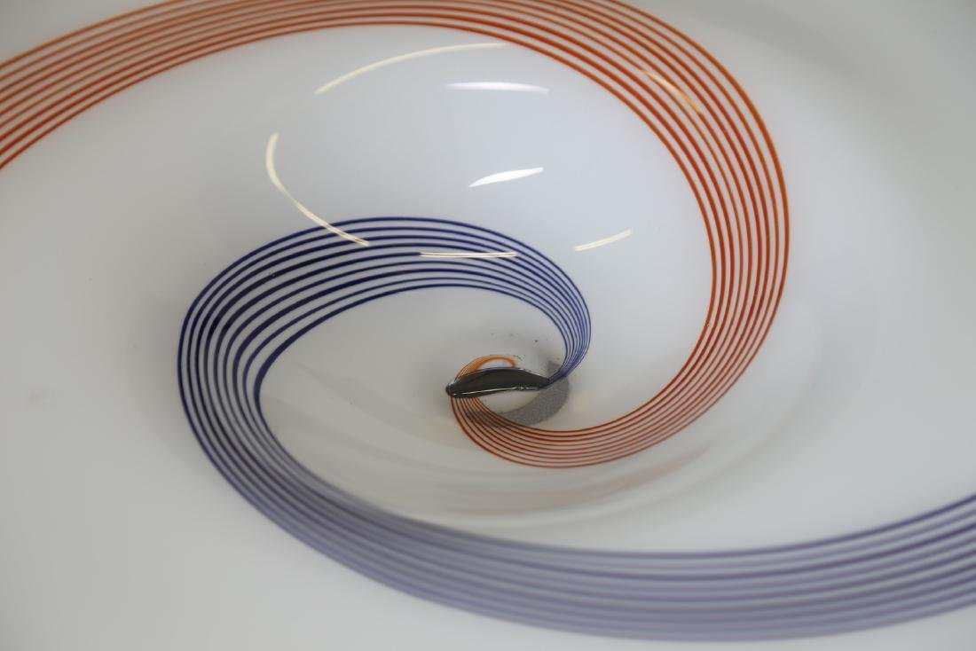 A.V.E.M  Large glass plate with spiral cane decoration, - 3