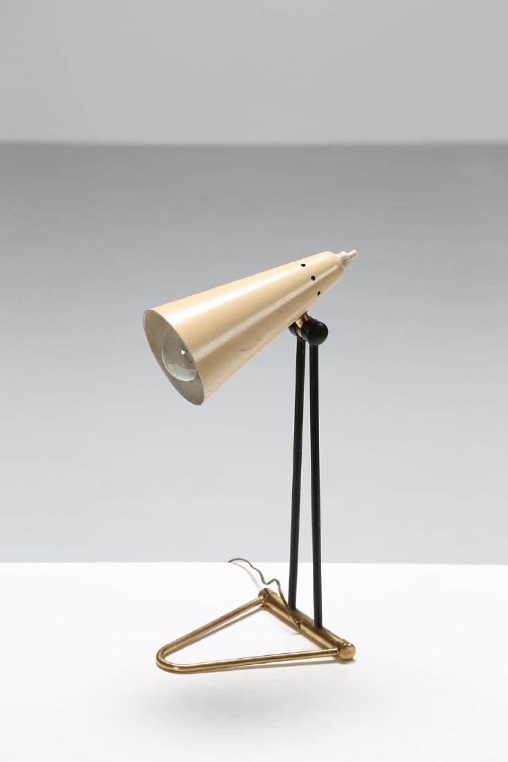 MANIFATTURA ITALIANA  Table lamp in brass and lacquered