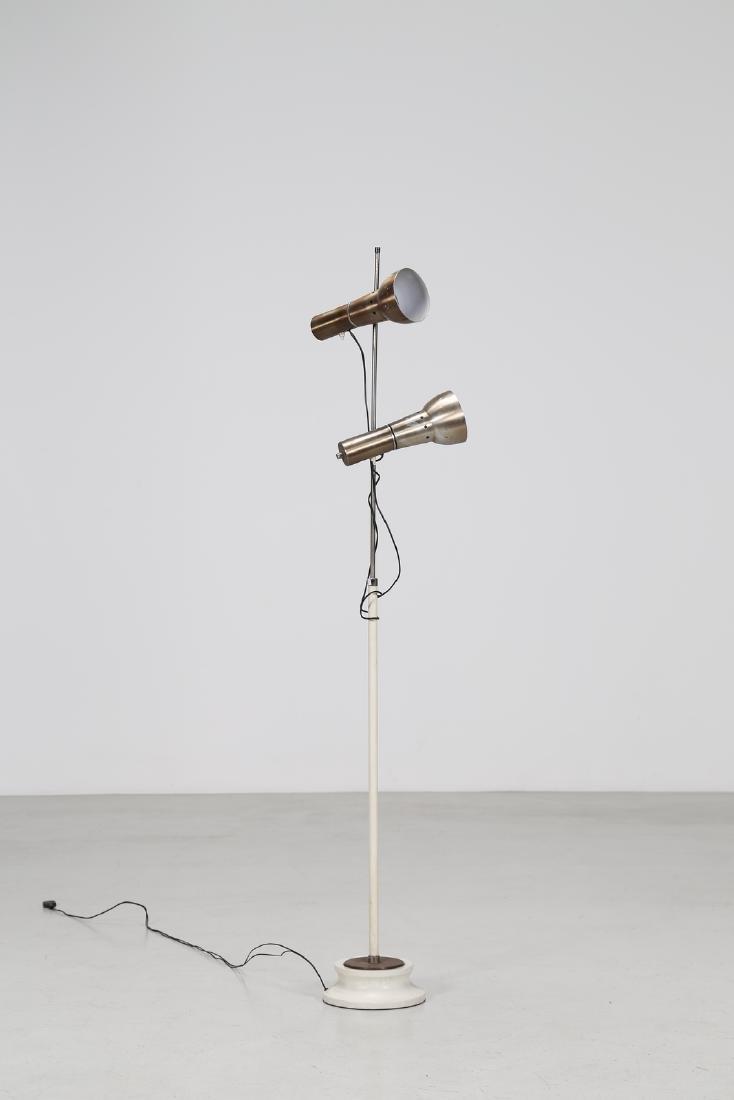 MANIFATTURA ITALIANA  Floor lamp in lacquered, chromed,