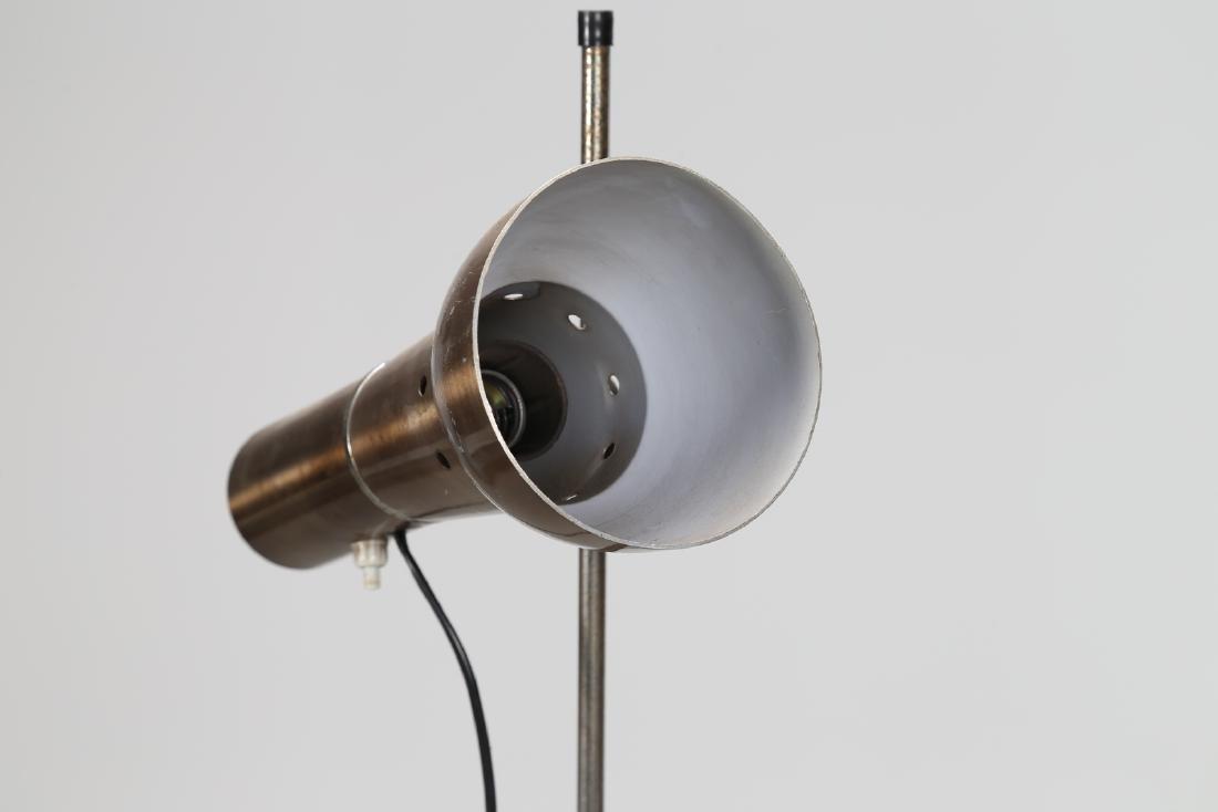 MANIFATTURA ITALIANA  Floor lamp in lacquered, chromed, - 2