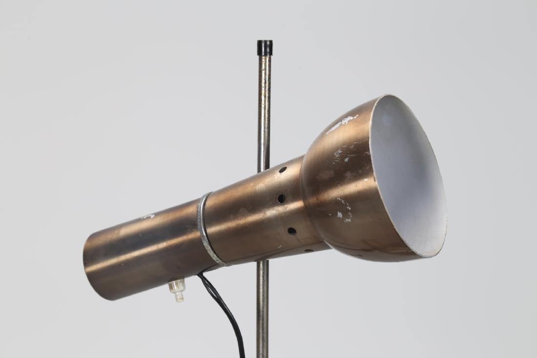 MANIFATTURA ITALIANA  Floor lamp in lacquered, chromed, - 3