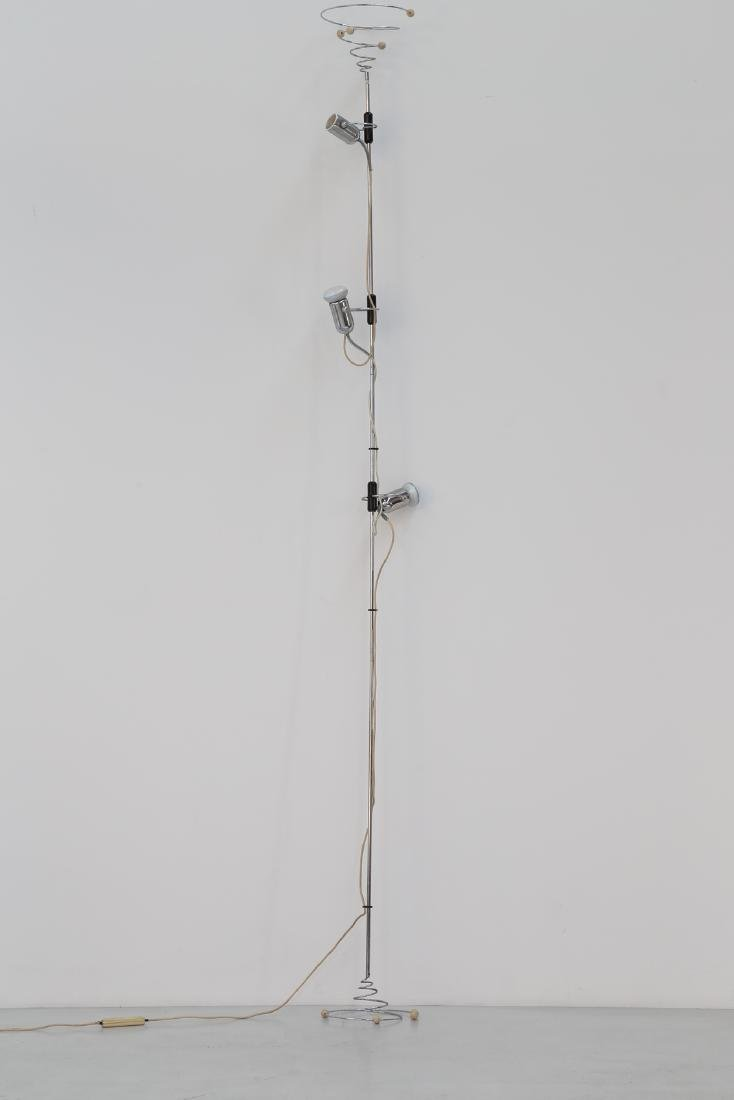 FRANCESCO FOIS Floor-to-ceiling lamp in chromed metal,