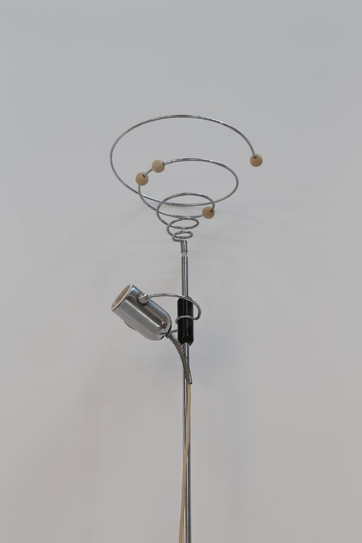 FRANCESCO FOIS Floor-to-ceiling lamp in chromed metal, - 3